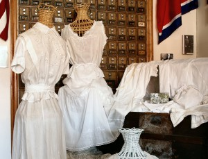 Englewood-Museum-Dress-Exhibit-r